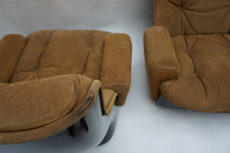 Two Lounge Chairs by Airborne International, circa 1970s For Sale 3