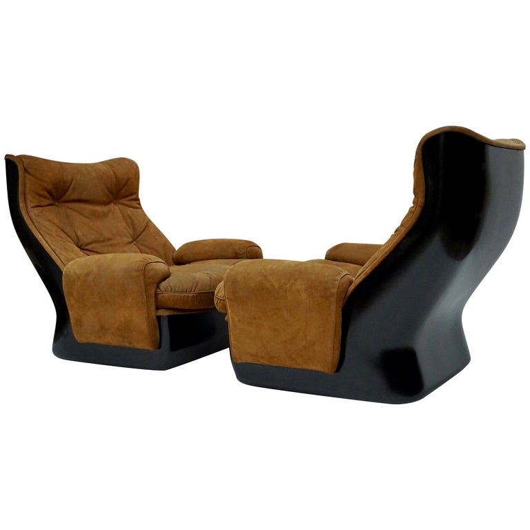 Two Lounge Chairs by Airborne International, circa 1970s For Sale