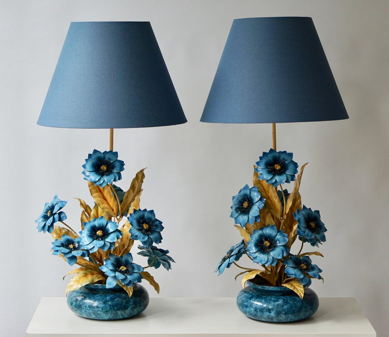 Hollywood Regency Two Metal Painted Flower Table Lamps For Sale