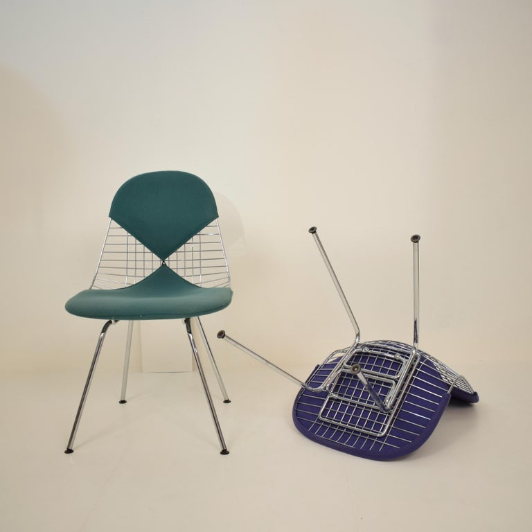 Two Midcentury DKX-2 Wire Bikini Shell Chairs X-Bases by Eames Herman Miller For Sale 4