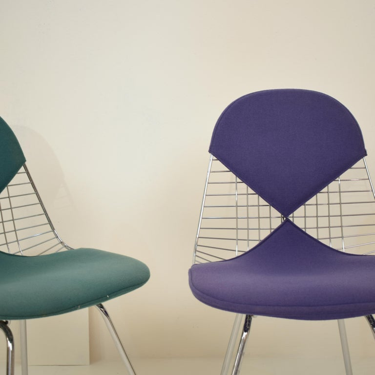 Two Midcentury DKX-2 Wire Bikini Shell Chairs X-Bases by Eames Herman Miller For Sale 1