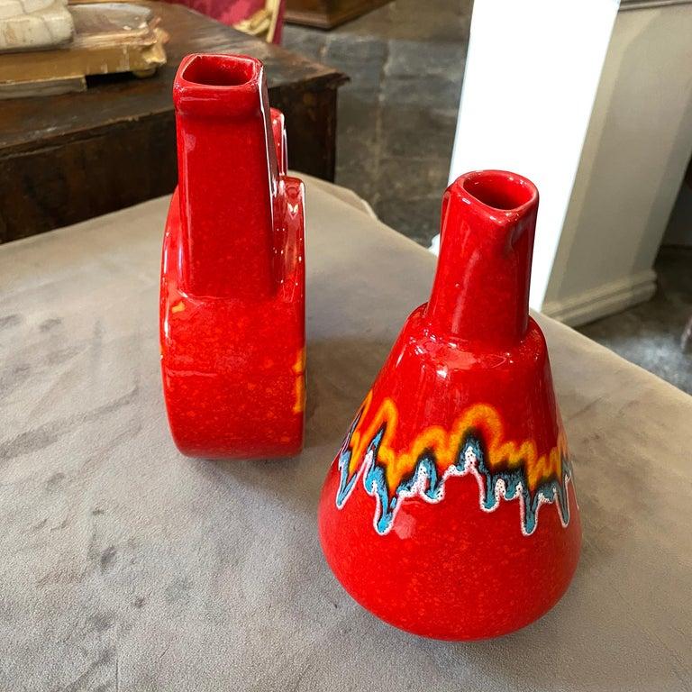Two Mid-Century Modern Red Ceramic Italian Jugs by Bertoncello, circa 1980 For Sale 1