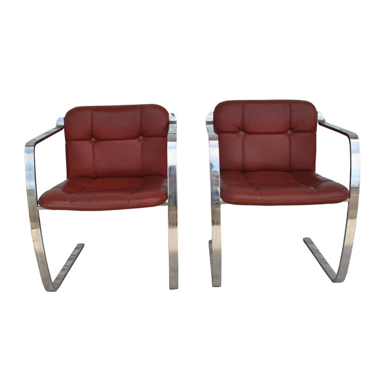 North American Two Midcentury Cumberland Stainless Steel and Leather Armchairs For Sale