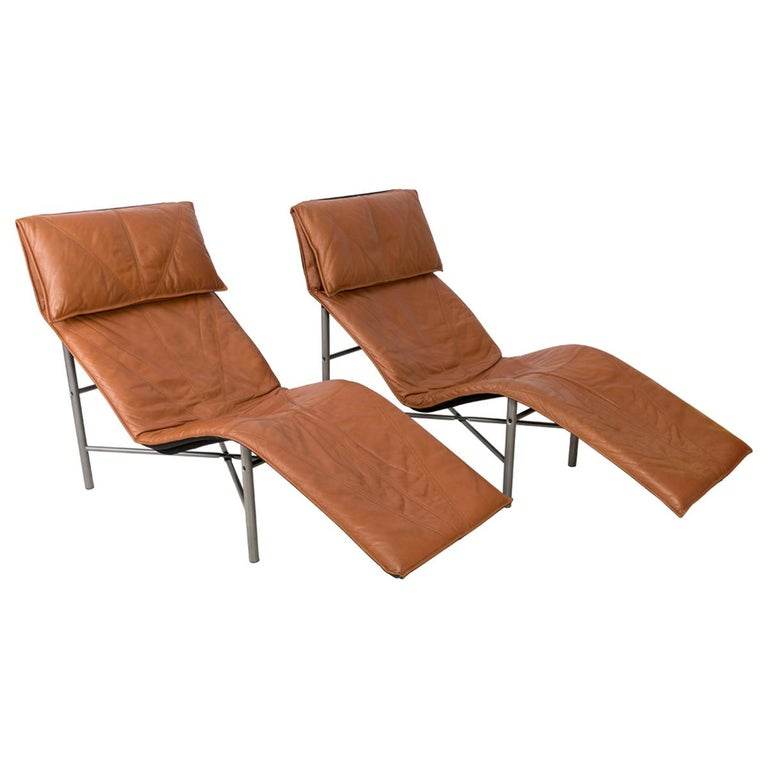 Two Midcentury Danish Modern Leather Chaise Lounge Chairs, Tord Björklund, 1980 For Sale