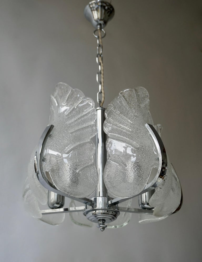 Two Murano Glass and Chrome Pendant Lights For Sale 4