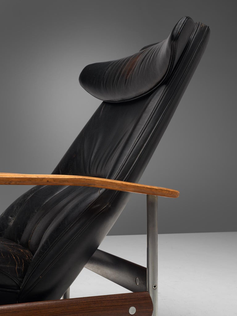 Two Norwegian Lounge Chairs with Ottoman by Sven Ivar Dysthe in Black Leather For Sale 2