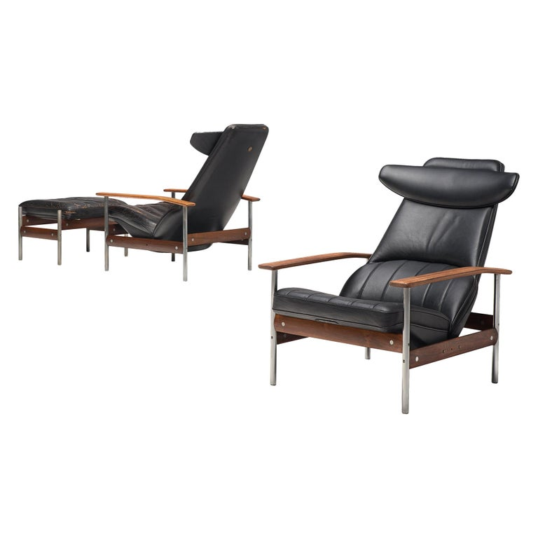 Two Norwegian Lounge Chairs with Ottoman by Sven Ivar Dysthe in Black Leather For Sale