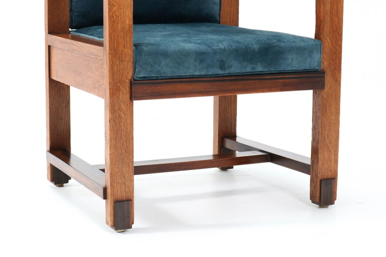 Two Oak Art Deco Haagse School Armchairs by Henk Wouda for Pander, 1924 For Sale 10
