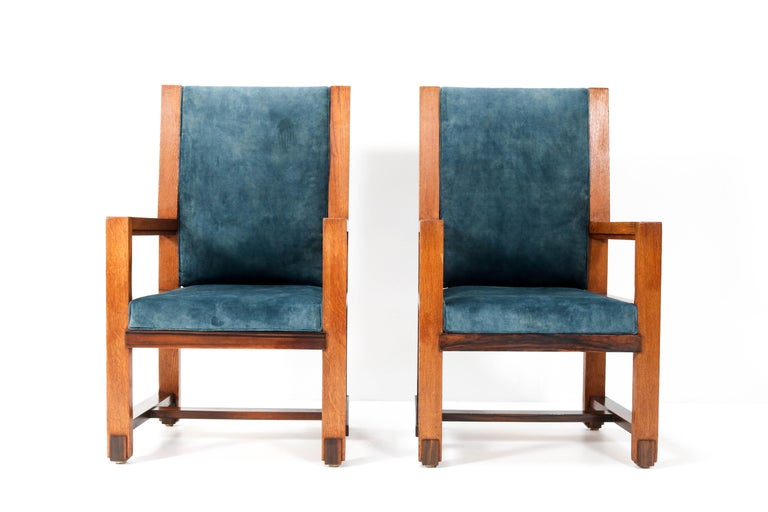 Two Oak Art Deco Haagse School Armchairs by Henk Wouda for Pander, 1924 In Good Condition For Sale In Amsterdam, NL