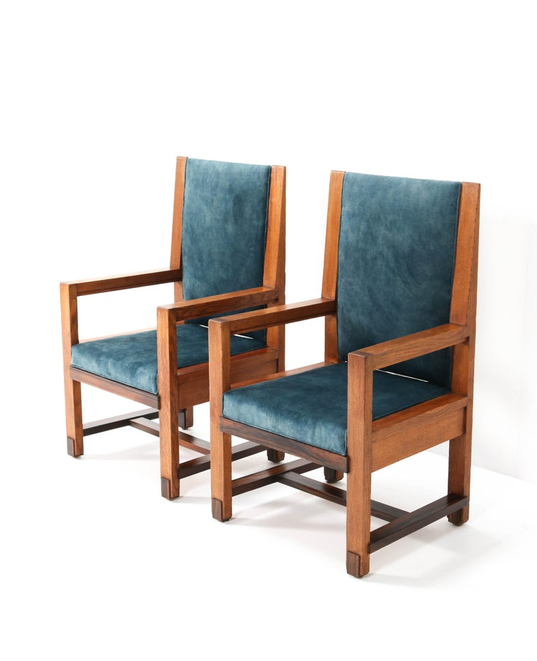 Early 20th Century Two Oak Art Deco Haagse School Armchairs by Henk Wouda for Pander, 1924 For Sale