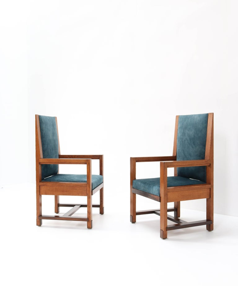 Two Oak Art Deco Haagse School Armchairs by Henk Wouda for Pander, 1924 For Sale 3
