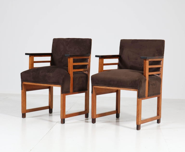 Dutch Two Oak Art Deco Haagse School Armchairs by t Woonhuys, Amsterdam, 1920s For Sale