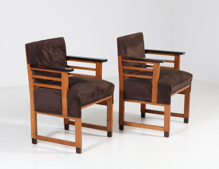 Early 20th Century Two Oak Art Deco Haagse School Armchairs by t Woonhuys, Amsterdam, 1920s For Sale