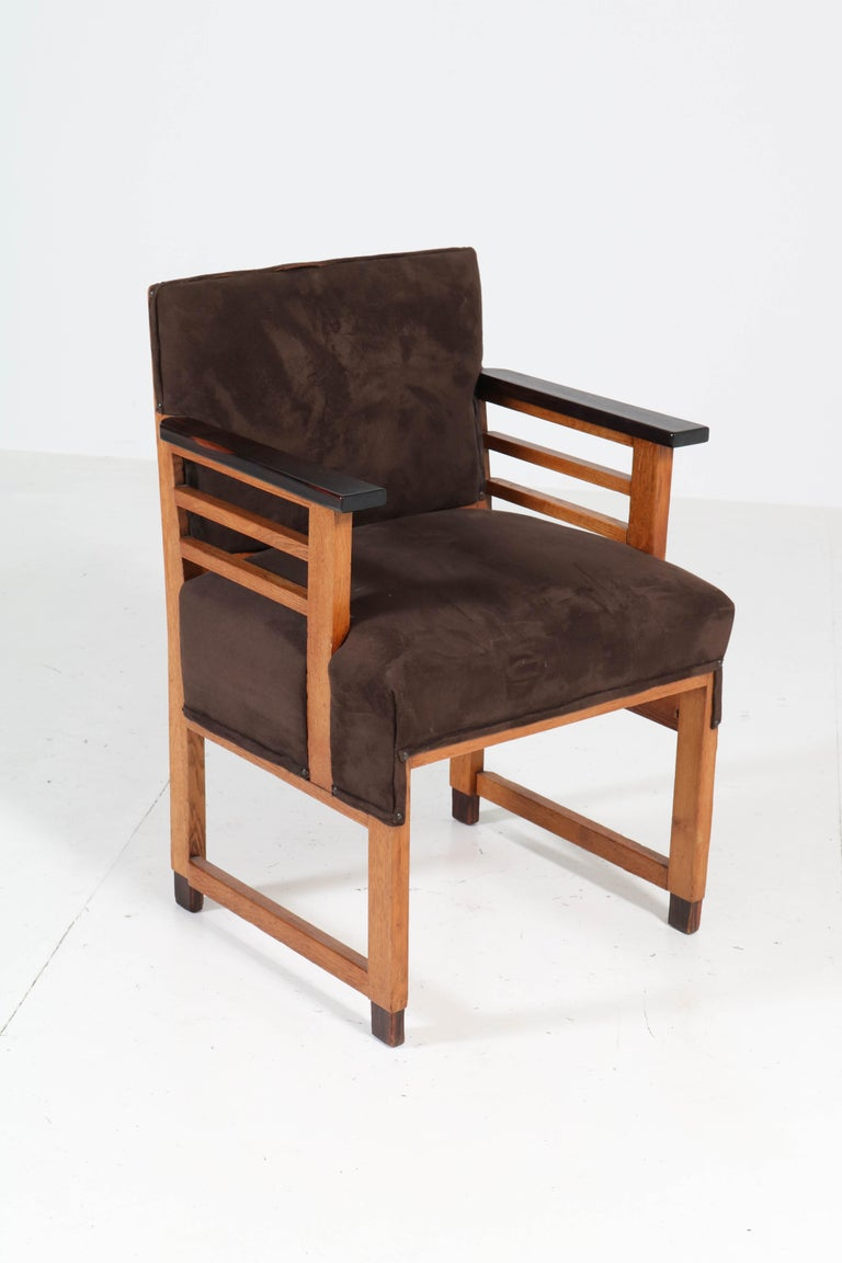 Two Oak Art Deco Haagse School Armchairs by t Woonhuys, Amsterdam, 1920s For Sale 2