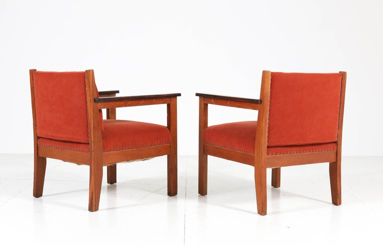 Two Oak Art Deco Haagse School Lounge Chairs, 1920s In Good Condition For Sale In Amsterdam, NL