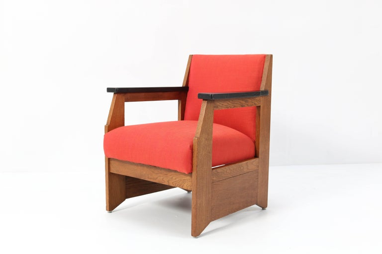 Early 20th Century Two Oak Art Deco Haagse School Lounge Chairs by Hendrik Wouda for Pander, 1924 For Sale