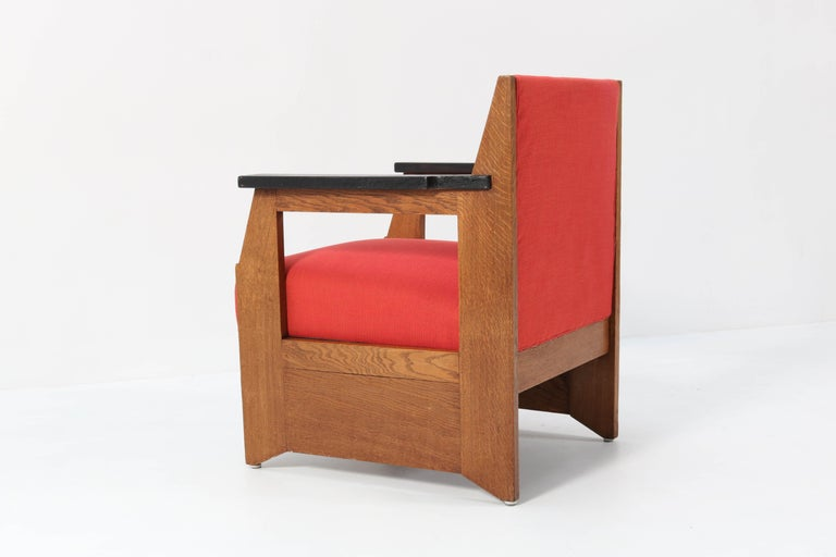 Two Oak Art Deco Haagse School Lounge Chairs by Hendrik Wouda for Pander, 1924 For Sale 2