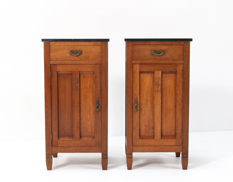 Arts and Crafts Two Oak Arts & Crafts Art Nouveau Nightstands by H. Pander & Zonen, 1900s