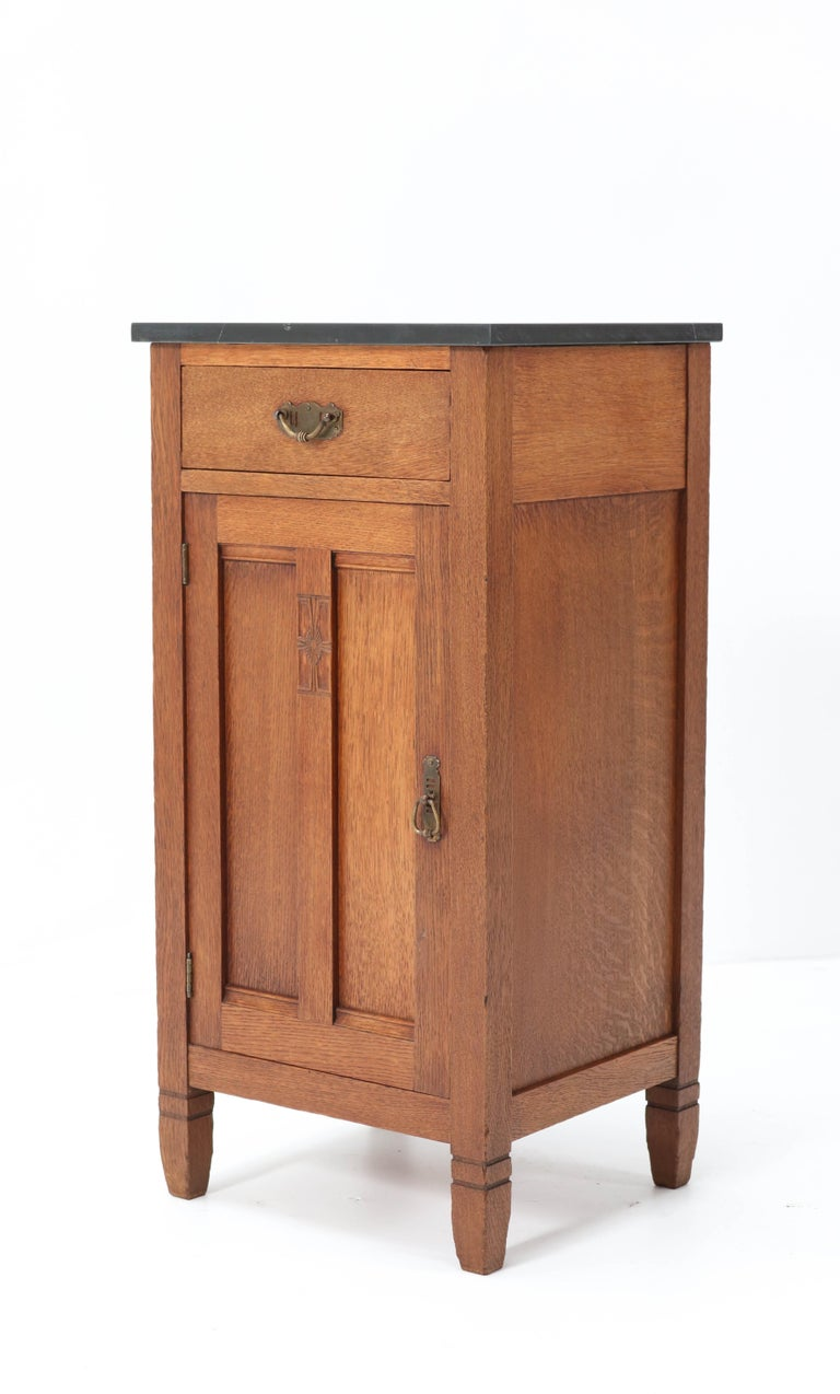 Two Oak Arts & Crafts Art Nouveau Nightstands by H. Pander & Zonen, 1900s 1