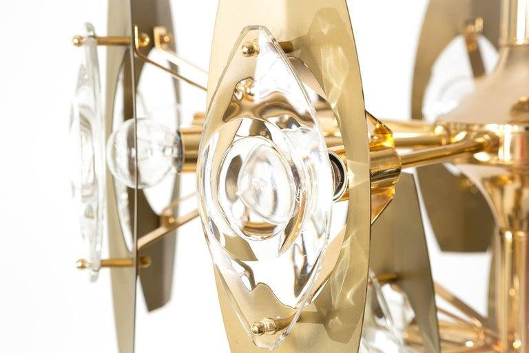 Two Oscar Torlasco Chandeliers, Glass Gilt Brass, Italy, 1960s For Sale 2