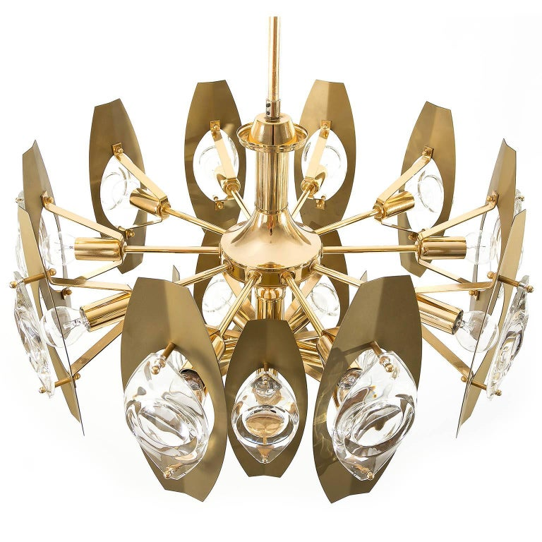 Late 20th Century Two Oscar Torlasco Chandeliers, Glass Gilt Brass, Italy, 1960s For Sale