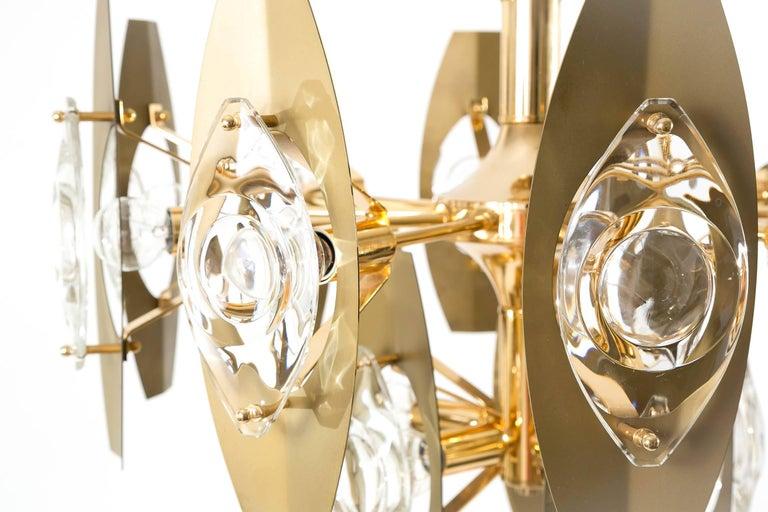 Two Oscar Torlasco Chandeliers, Glass Gilt Brass, Italy, 1960s For Sale 1