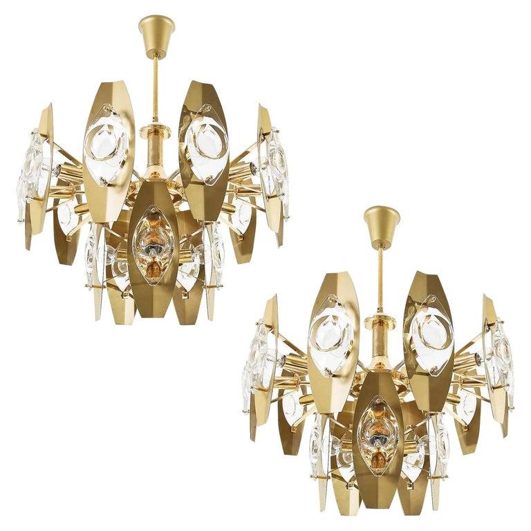 Two Oscar Torlasco Chandeliers, Glass Gilt Brass, Italy, 1960s For Sale