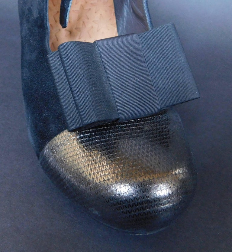 Women's or Men's Two Pair of Vintage Black Shoe Clips For Sale