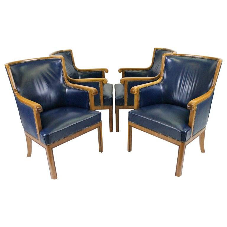 Pleasing Two Pairs Of Swedish 1930S Armchairs By Bodafors In Elm And Royal Blue Leather Pdpeps Interior Chair Design Pdpepsorg