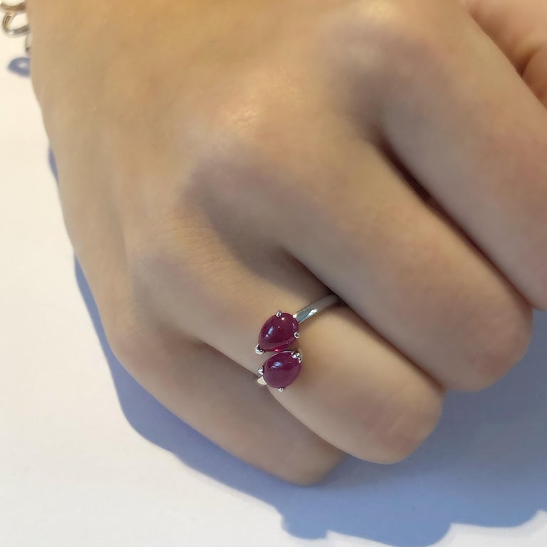 Two Pear Shape Cabochon Ruby Facing Gold Cocktail Ring For Sale 4