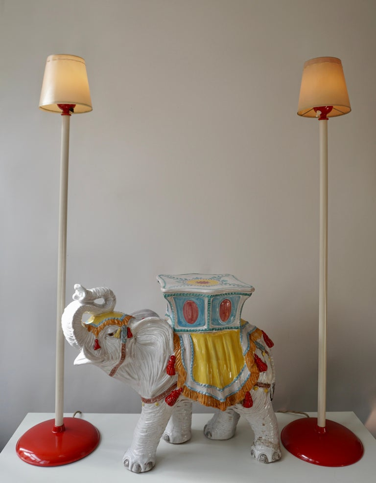 Two Red and White Floor Lamps In Good Condition For Sale In Antwerp, BE