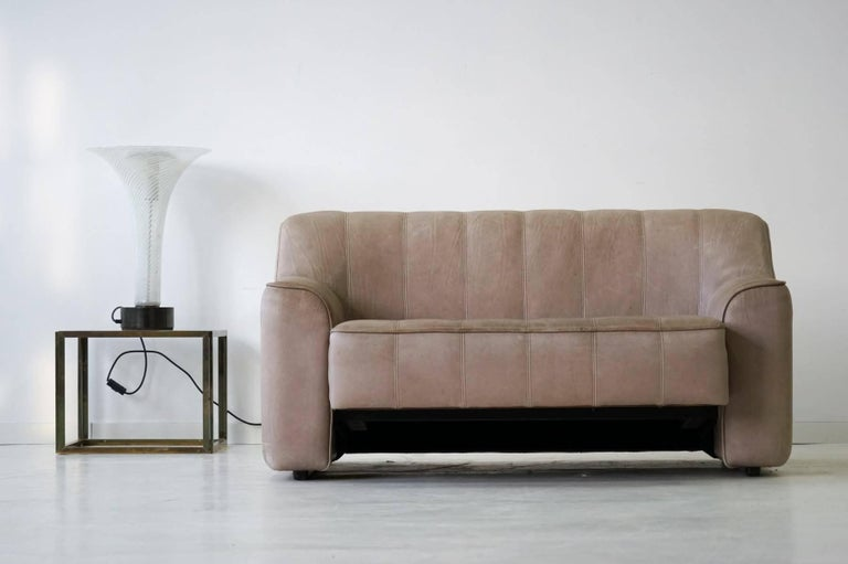 Two-Seat Ds 44 Sofa by De Sede Neck Leather Extendable Seat For Sale 4