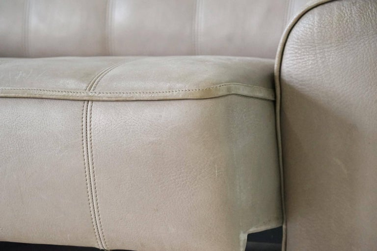 Two-Seat Ds 44 Sofa by De Sede Neck Leather Extendable Seat In Good Condition For Sale In Greven, DE