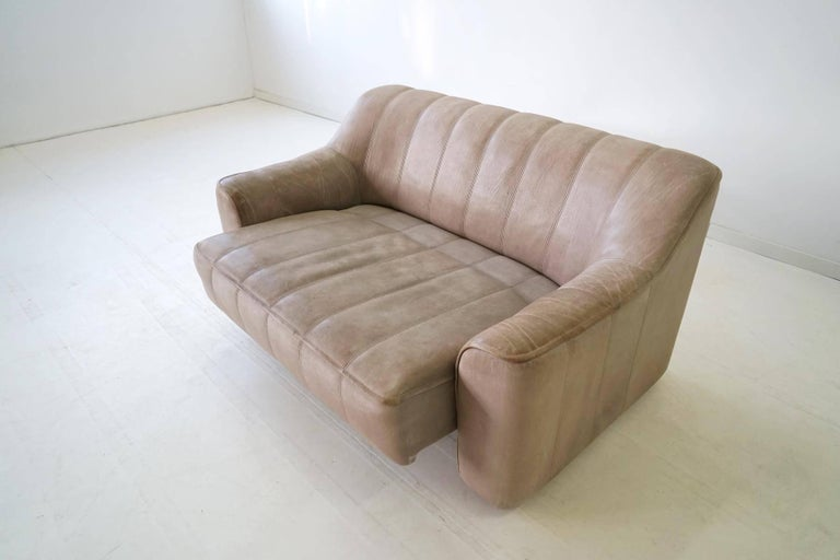 Two-Seat Ds 44 Sofa by De Sede Neck Leather Extendable Seat For Sale 3