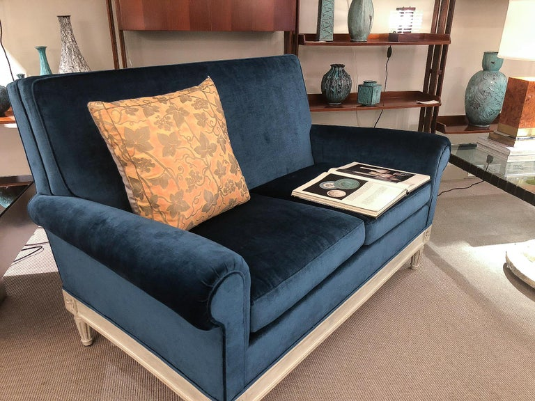 Two-Seat Sofa, France, 1940s In Good Condition For Sale In New York, NY