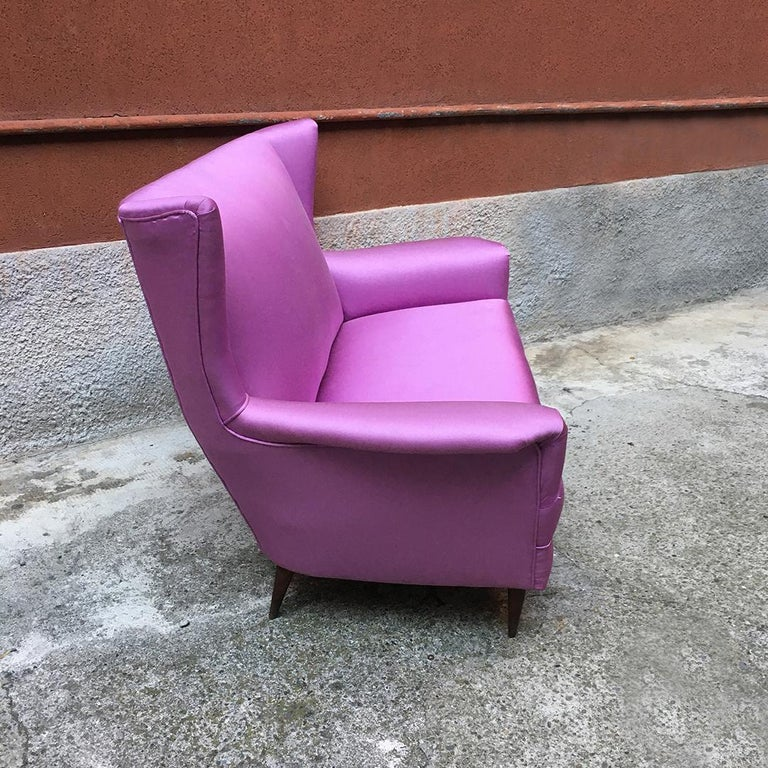 Silk Italian two-seat pink silk sofa with armrests, 1950s For Sale