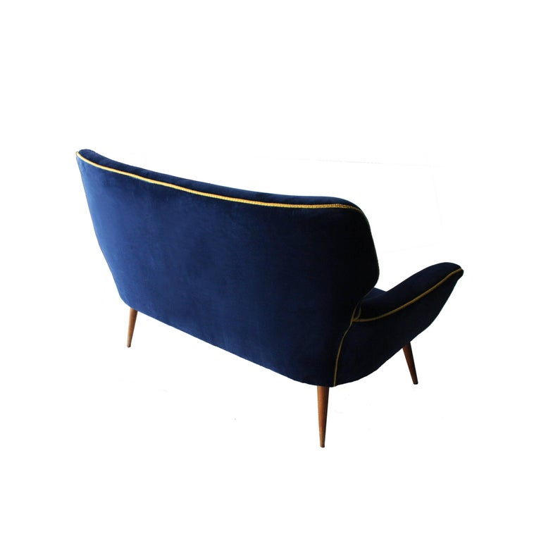 Italian Two-Seat Sofa Upholstered in Velvet with Conic Legs. Italy, 1950. For Sale