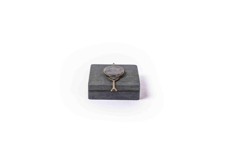 Two Shagreen Boxes with a Semi Precious Knob and Brass Details by Kifu Paris For Sale 3