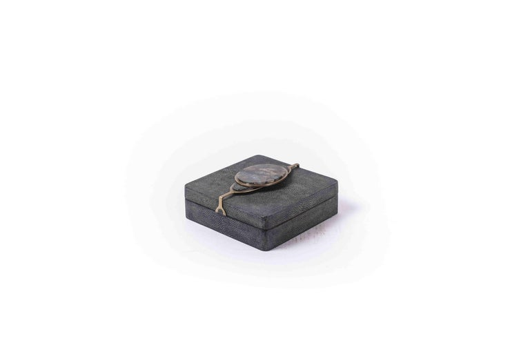 Two Shagreen Boxes with a Semi Precious Knob and Brass Details by Kifu Paris For Sale 2