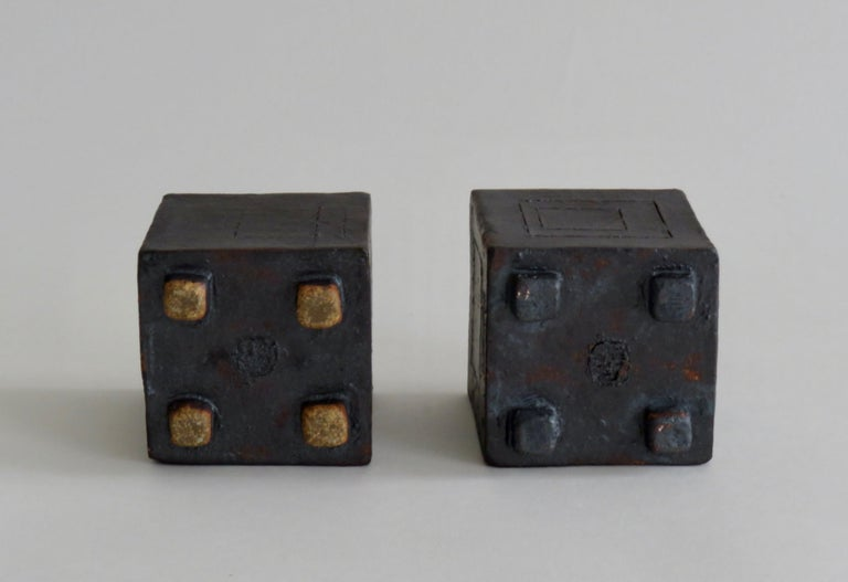 Two Small Contemplation Boxes, Cubes, Hand Built Glazed Stoneware For Sale 1