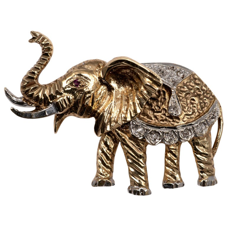 Two-Tone Diamond Ruby Elephant Brooch UK Hallmarks, circa 1980s For Sale