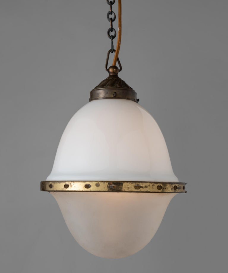 Two-Tone Opaline Pendant, Germany, circa 1930 In Good Condition For Sale In Culver City, CA