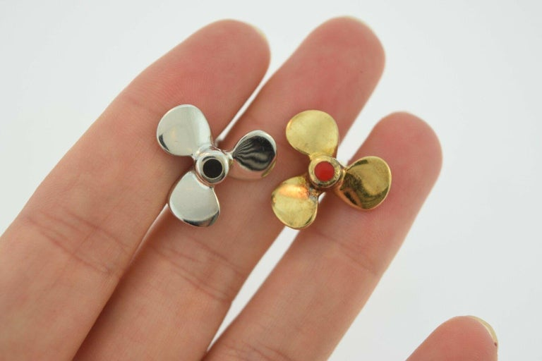 Women's or Men's Two-Tone Propeller Yellow and White Gold 18 Karat, Blue and Red Enamel Cufflinks For Sale