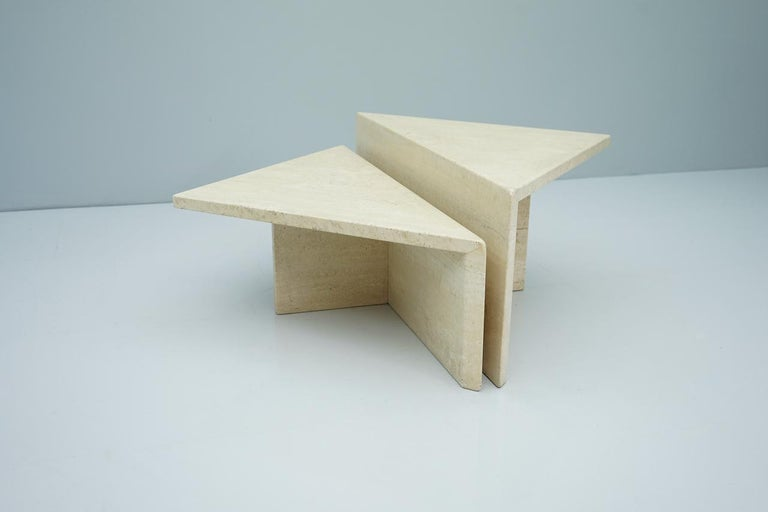 Two Triangle Tiered Travertine Coffee Tables, 1970s In Good Condition For Sale In Frankfurt / Dreieich, DE