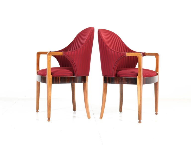Two Walnut French Art Deco Armchairs with Ebony Macassar Lining, 1930s In Good Condition For Sale In Amsterdam, NL