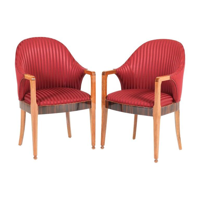 Two Walnut French Art Deco Armchairs with Ebony Macassar Lining, 1930s For Sale