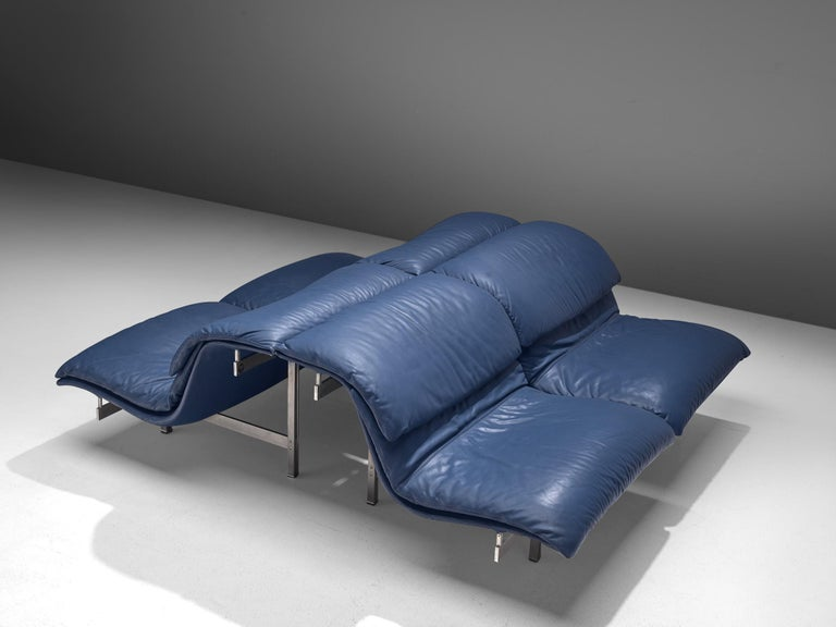 Two 'Wave' Sofas in Sapphire Blue Leather by Giovanni Offredi In Good Condition For Sale In Waalwijk, NL