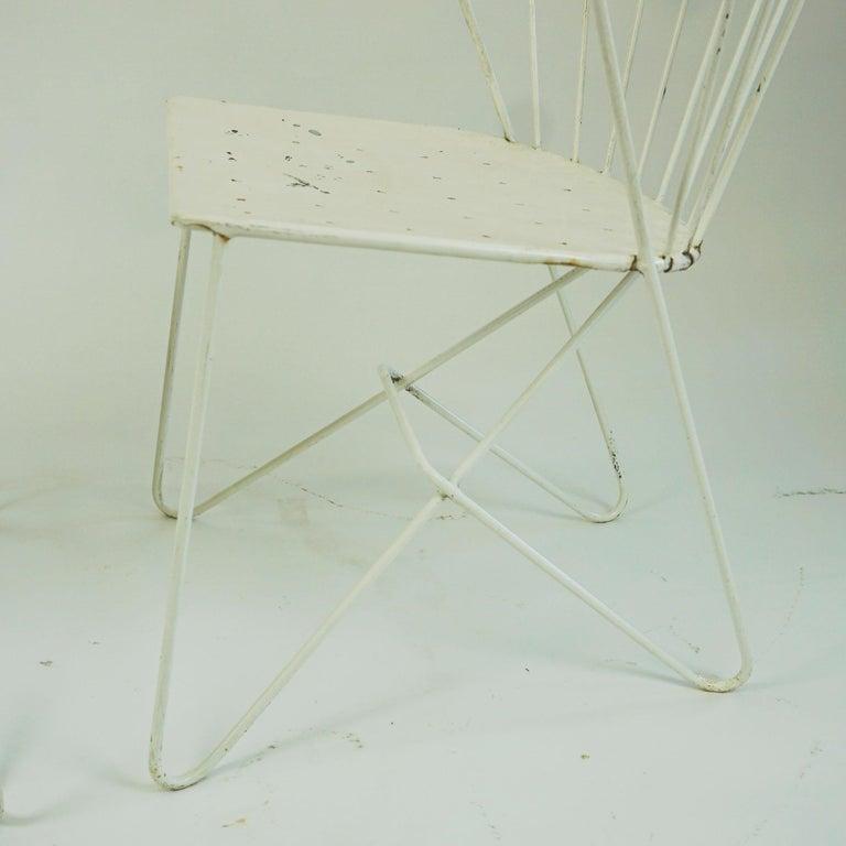 Two white Austrian Midcentury Wire Sonett Astoria Chairs For Sale 9