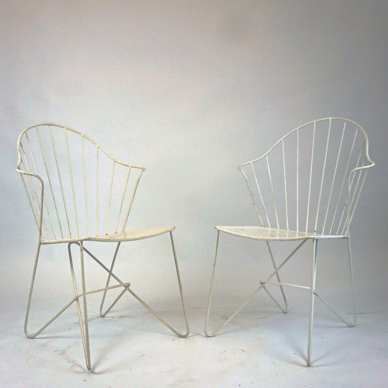 This iconic set of two Viennese Sonett Model Astoria chairs by Karl Fostel Sen.'s Erben, Austria, was manufactured in midcentury, circa 1950. They were designed by the Austrian Midcentury Architects J.O. Wladar and V. Mödlhammer and are made of