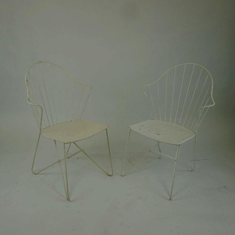 Mid-Century Modern Two white Austrian Midcentury Wire Sonett Astoria Chairs For Sale